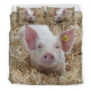 Cute Baby Pig in Grass Bedding Set King