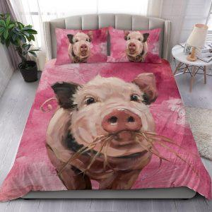 Painting Pig Eating Grass Bedding Set