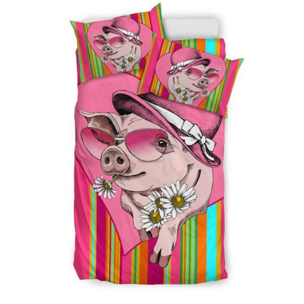 Very Cute Cartoon Pig Lady Wear Hat and Sunflower Bedding Set Twin