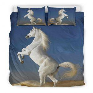 White Horse Stand with 2 Leg Bedding Set King