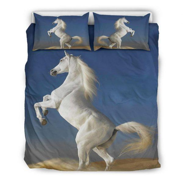 White Horse Stand with 2 Leg Bedding Set Queen
