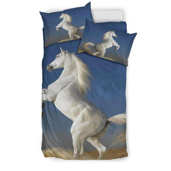 White Horse Stand with 2 Leg Bedding Set Twin