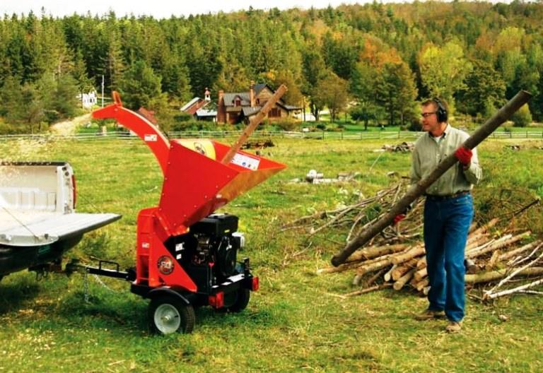 best wood chipper for small farm reviews