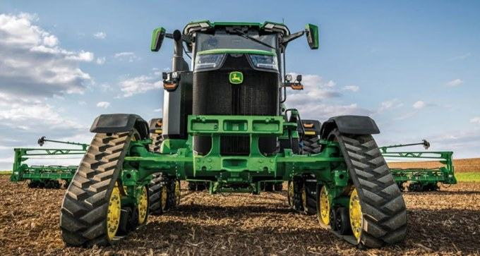 John Deere 8RX 410 Four-Track Tractor
